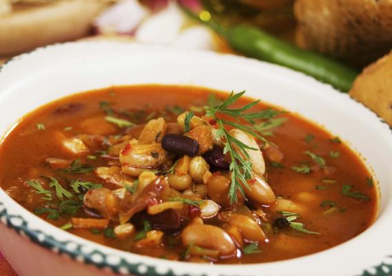 Фасолевый суп.