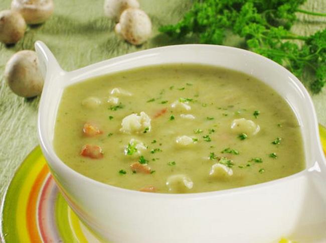 Суп-пюре с чесноком.