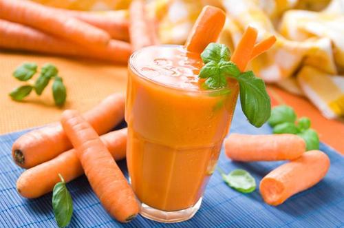 Морковный коктейль.