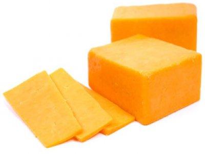 Твердый сыр по-домашнему.