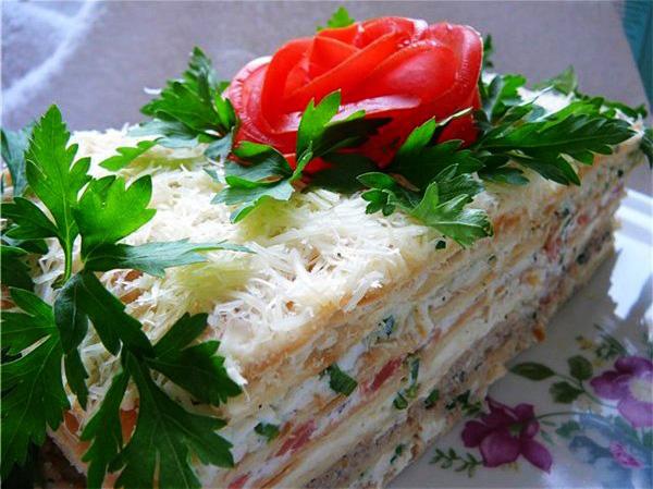 Салат наполеон с курицей и грибами рецепт