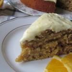 Цитрусовый пирог с орехами и заварной помадкой.