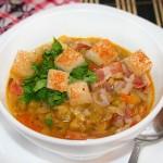 Суп гороховый с беконом.