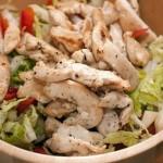 Салат из цыпленка и языка.