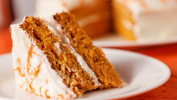 Морковный пирог с миндалем.