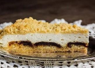 Творожный пирог с финиками