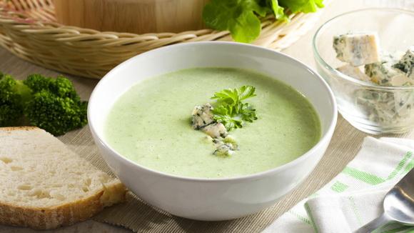 Крем — суп из брокколи и голубого сыра
