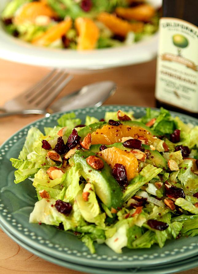 Апельсиновый салат с авокадо