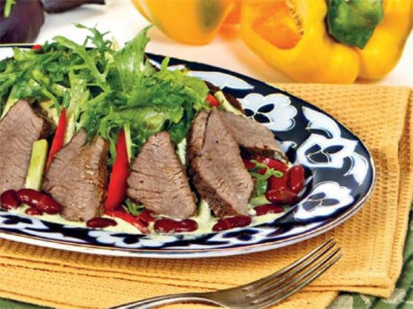 Испанский салат с бараниной
