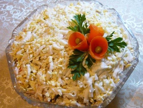 Куриный слоеный салат со сладким перцем