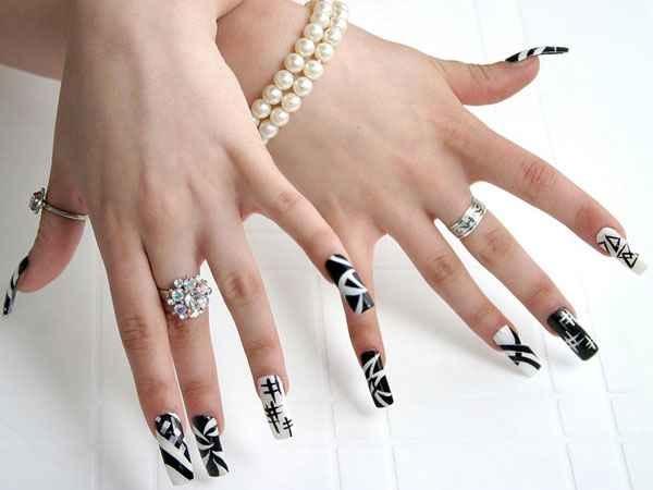 Снятие нарощенных ногтей