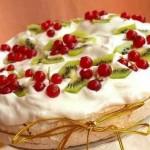 5037 Торт с творожным кремом и меренгами