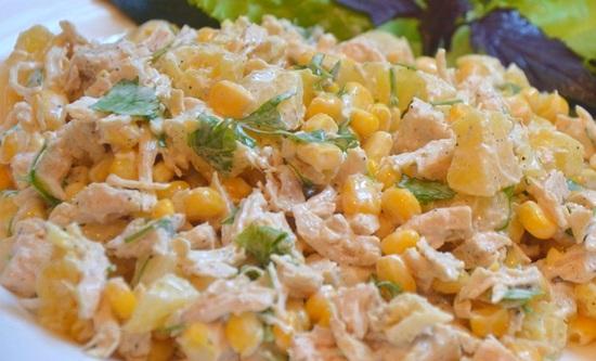 Салат с кукурузой и курицей и огурцом рецепт с