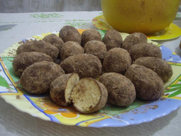 Шоколадная «картошка» с халвой