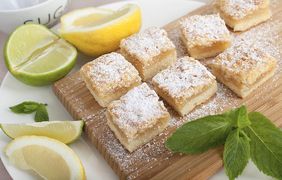 Печенье с помадкой и кокосовой стружкой