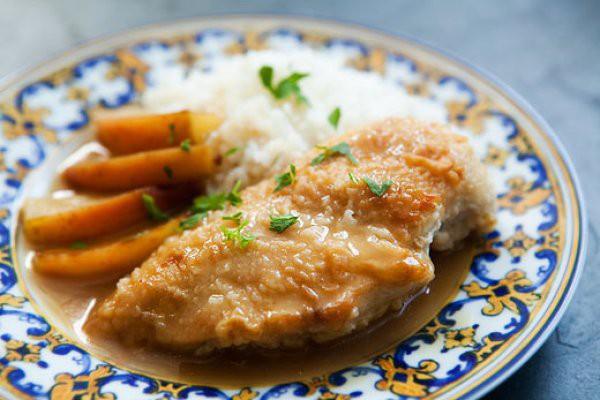 Курица в абрикосовой глазури с кус-кусом