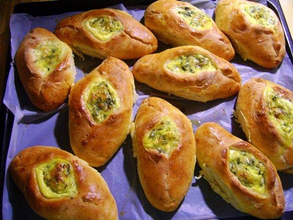 6572 Открытые пирожки с картофелем и зеленью