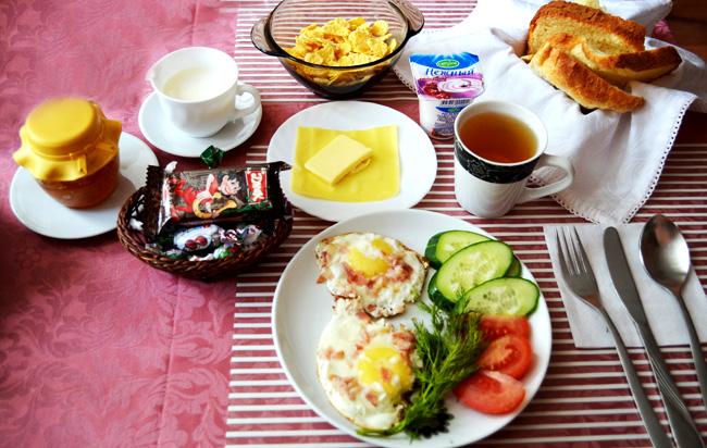 Глазунья из духовки-завтрак на даче