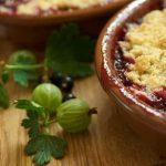 7217 Заливной яблочный пирог с черной смородиной и крыжовником