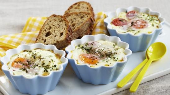 Яйца-кокот по-болгарски