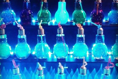 Напитки в лампочках стали сенсацией в Instagram