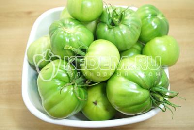 Зелёные помидоры на зиму «Пальчики оближешь»