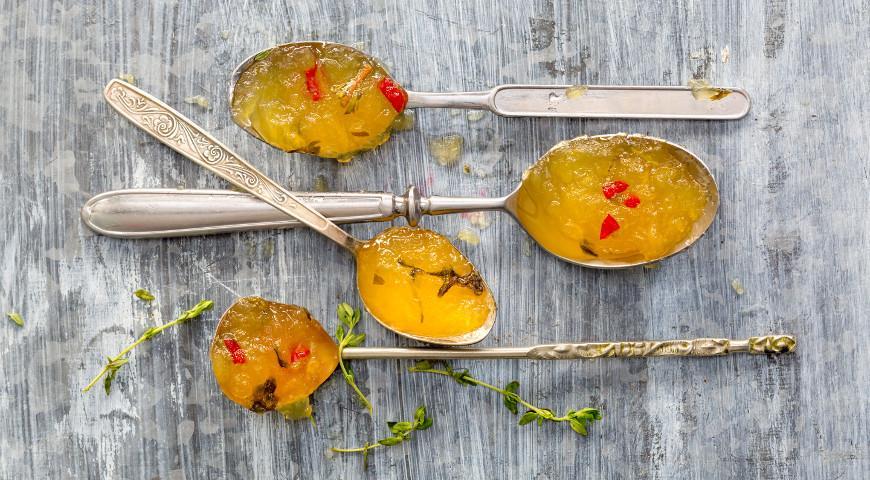 Рецепт Пряный яблочный джем с перцем чили