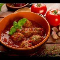 23424 200x200 - Рецепт Запеченые тефтели с овощами