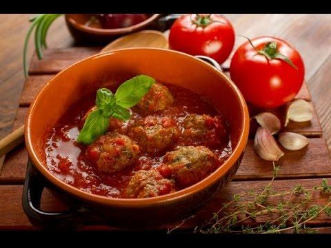 Рецепт Запеченые тефтели с овощами