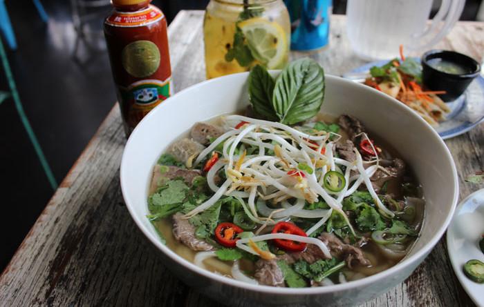Рецепт Суп с рисовой лапшой и красным рисом