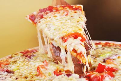 Немецкого адвоката преследуют с помощью пиццы