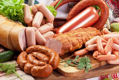 В Калининграде приготовили 135-килограммовую колбасу