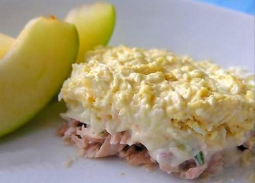15917 Рецепт Слоеный салат с печенью трески