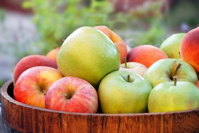 Селекционеры вывели сорт яблок с красной мякотью