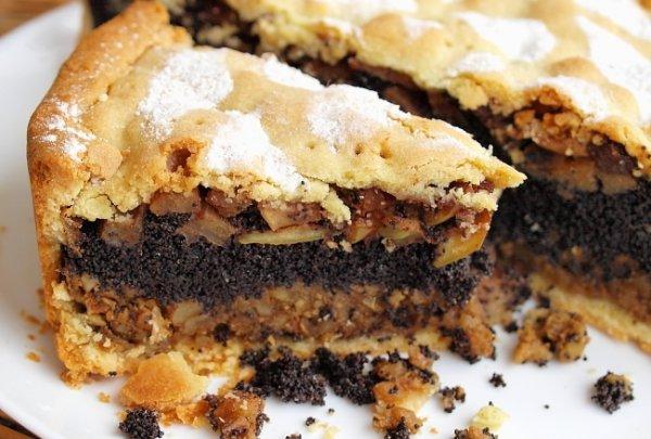 Рецепт Яблочный пирог с маком и орехами