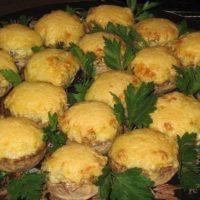 16255 Рецепт Шампиньоны, запеченные с сыром