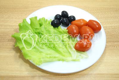 Канапе с помидорами черри