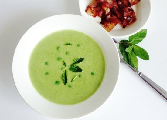 Рецепт Крем-суп из зеленого горошка с мятой и беконом