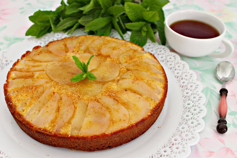 Рецепт Пирог с грушей и кокосовой стружкой