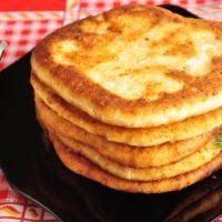 16563 Рецепт Лепешки сырные на сковороде