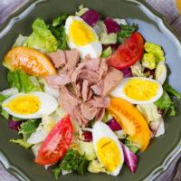 16651 Рецепт Салат с тунцом и помидорами