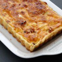 16703 Рецепт Луково-сырный пирог