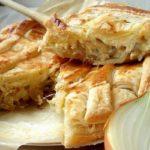 16764 Рецепт Луковый пирог на сковороде