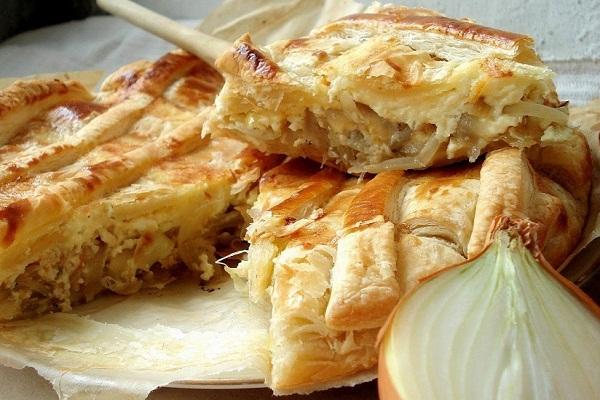 Рецепт Луковый пирог на сковороде