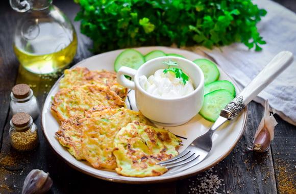 Рецепт Кабачково-сырные оладьи в духовке