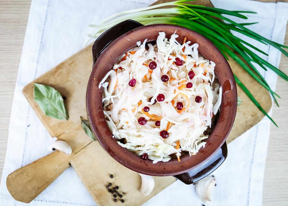 Рецепт Квашеная капуста с клюквой