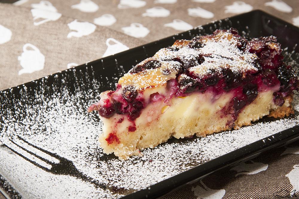 Рецепт Нежный пирог на сметане и йогурте