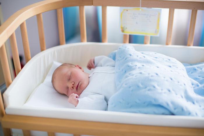 Важные моменты при выборе детской кроватки