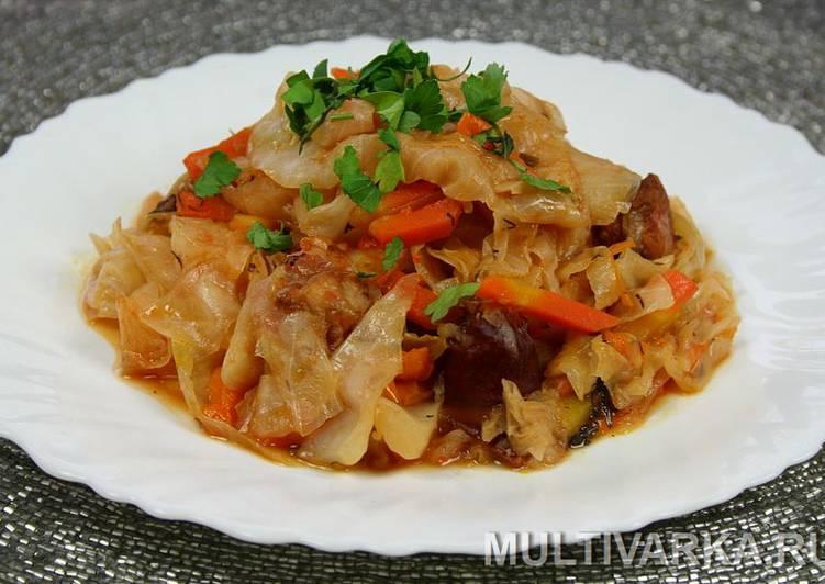 18262 Как приготовить в мультиварке капусту с болгарским перцем и копчеными колбасками?