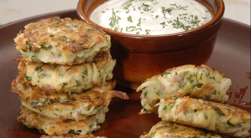 Простые гениальные блюда, которые можно быстро приготовить из тертой картошки или картофельного пюре
